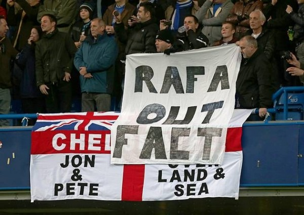 rafa out 600x425 Fury Of Chelsea Supporters Should Be Directed At Roman Abramovich, Not Rafa Benitez