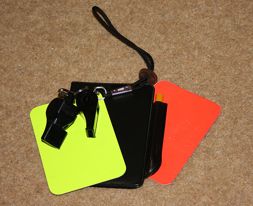 referee cards Jorge vs. Hugh