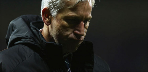 alan pardew1 Has Alan Pardew's 8 Year Contract Extension Taken His Foot Off The Pedal at Newcastle?