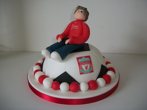 liverpool cake Alex Ferguson Admits He Doesnt Bother Looking at Liverpools Results Anymore: The Nightly EPL