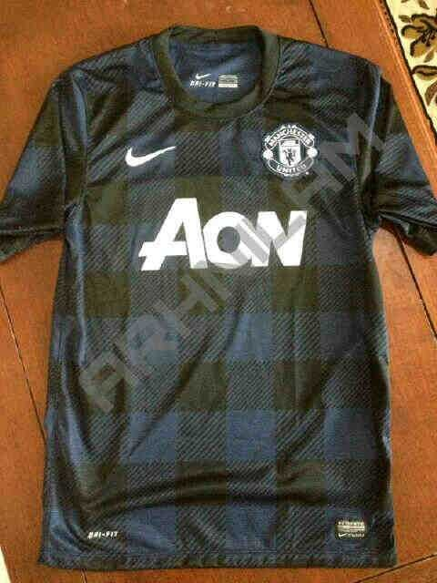 manchester-united-away-shirt-alt.jpg
