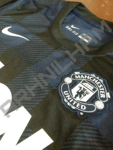 manchester united away shirt Manchester United Away Shirt for 2013 14 Season Leaked [PHOTO]