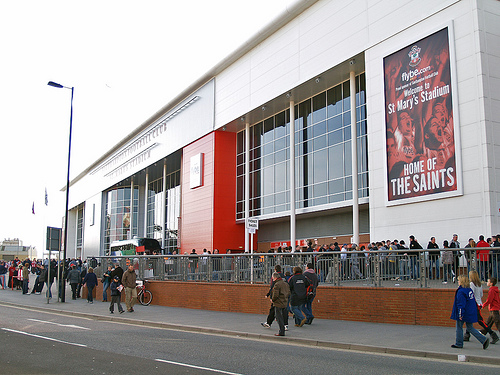 southampton Southampton FC Bans Reporters From Talking to Fans Outside Ground: The Daily EPL