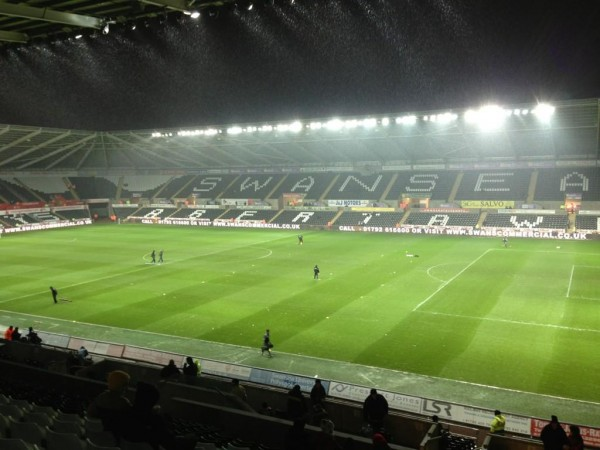 swansea liberty stadium 600x450 Swansea vs Chelsea (Carling Cup Semi Final) and Arsenal vs West Ham (EPL): Open Thread