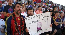 tim-howard-fan