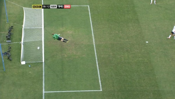 Frank Lampard ghost goal 600x339 FIFA Names GoalControl As Preferred Goal Line Technology Ahead of World Cup 2014