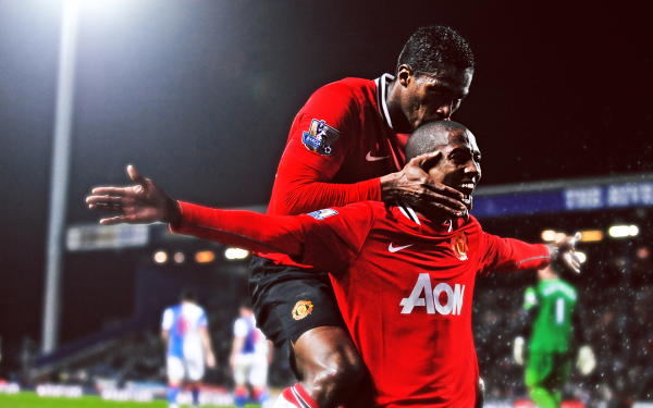 valencia young 600x375 The Problem with Manchester United Wingers Nani, Young and Valencia