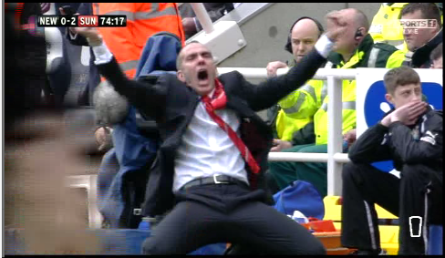 paolo di canio Sunderland Manager Paolo Di Canios 3 Brilliant Goal Celebrations Against Newcastle [VIDEO]
