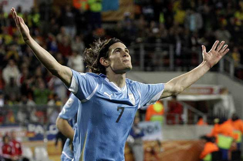 edison cavani PSG Will Pay £54m Fee to Snatch Edinson Cavani From Chelsea: Nightly Soccer Report