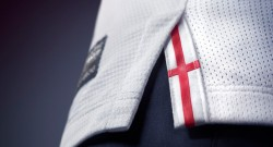 england-home-kit-detail