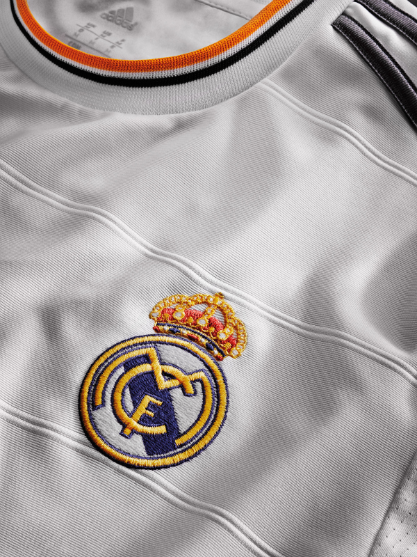 real madrid home shirt crest Real Madrids Home Shirt for the 2013 14 Season [PHOTO] & [VIDEO]
