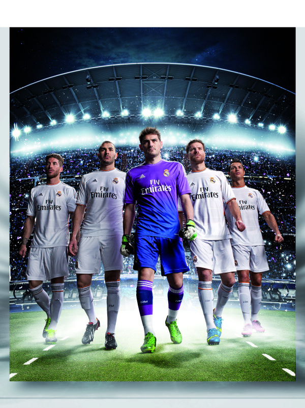 real madrid home shirt group shot Real Madrids Home Shirt for the 2013 14 Season [PHOTO] & [VIDEO]