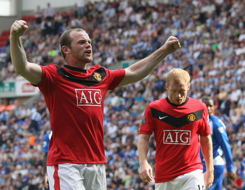 wayne rooney1 The Premiership Battle Continues