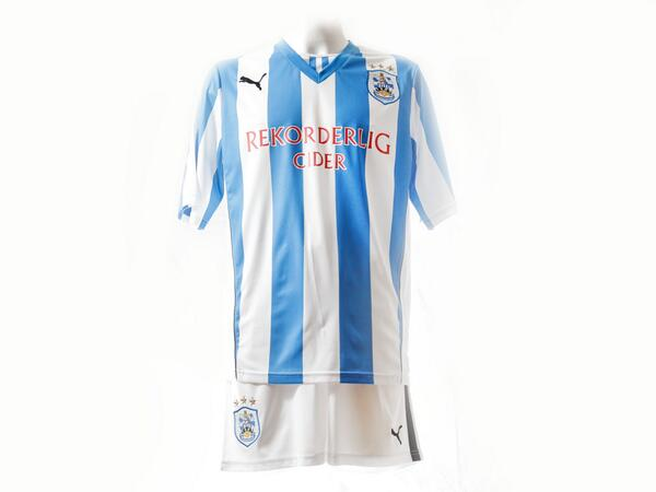 huddersfield town home shirt front Huddersfield Town Launch New Home Shirt With Blast From The Past [PHOTOS]