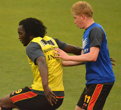 lukaku de bruyne Mourinho Says Lukaku and De Bruyne Are Part Of His Plans at Chelsea: Daily Soccer Report
