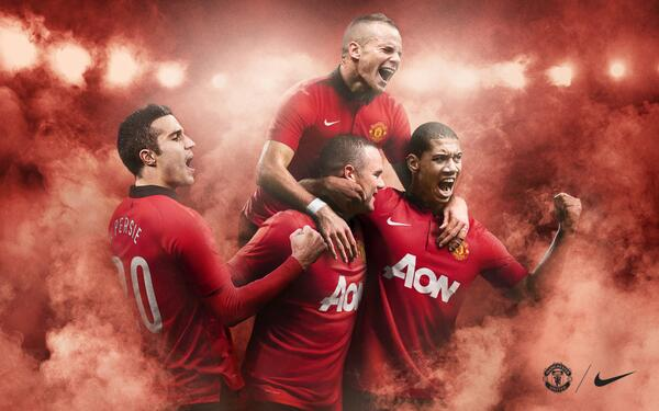 manchester united home shirt group Manchester United Home Shirt for 2013 14 Season: Official [PHOTOS]