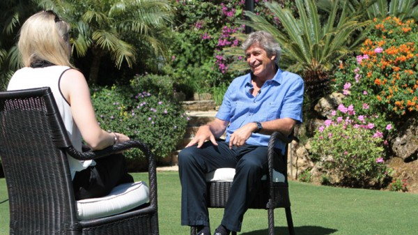 manuel pellegrini garden 600x337 Manchester City Appoint Manuel Pellegrini On 3 Year Deal: Its Official [PHOTOS]