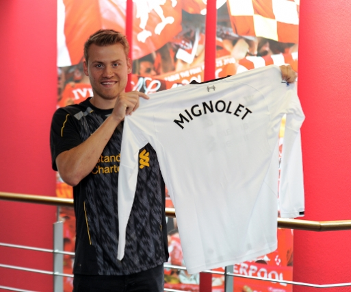 simon mignolet1 Simon Mignolet Completes £11m Move From Sunderland to Liverpool: Nightly Soccer Report