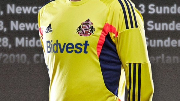 sunderland away shirt closeup 600x337 Sunderland Away Shirt for 2013 14 Season: Official [PHOTOS]