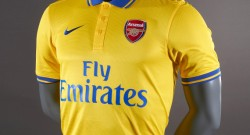arsenal-2013-14-away-shirt