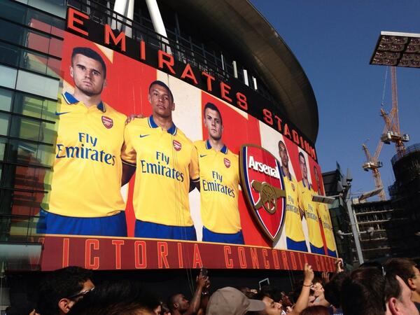 arsenal away kit emirates Arsenals Theo Walcott, Aaron Ramsey and Yaya Sanogo Are Doubts For Season Opener