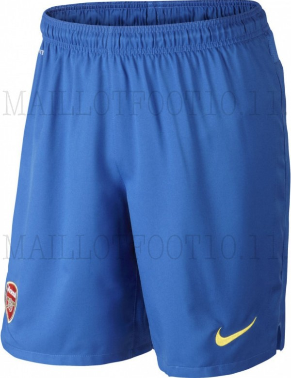 arsenal away shorts 600x780 Arsenal Away Shirt For 2013 14 Season: Brand New Set of Leaked Photos