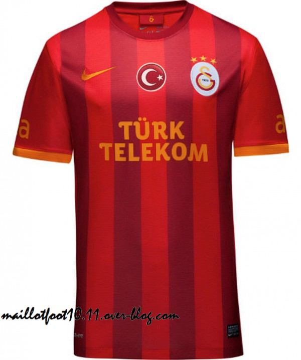 Galatasaray Home, Away and Third Shirts for 2013 14 Season [PHOTOS]