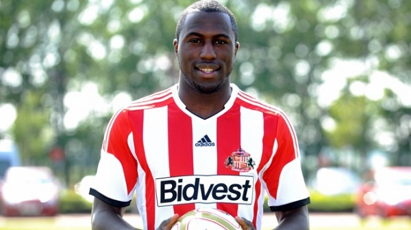 jozy altidore3 600x337 Jozy Altidore Scores His First Goal For Sunderland [GIF]