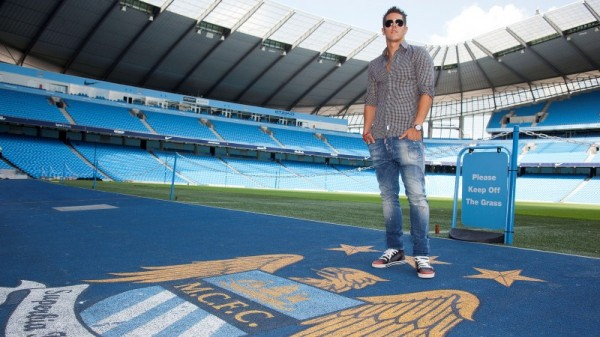 stevan jovetic 600x337 Stevan Jovetic Signs for Manchester City: Official [PHOTOS]