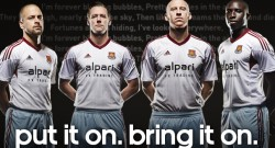 west-ham-away-shirt-group