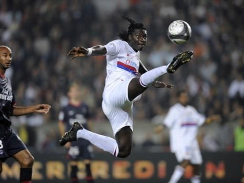 Bafetimbi Gomis Bafetimbi Gomis To Join Newcastle In Next 48 Hours, Says Lyon President: Daily Soccer Report