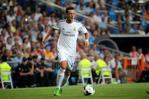 Mesut Ozil Mesut Ozil Says Hes Staying at Real Madrid; Angel Di Maria Too