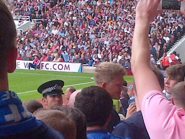 andreas cornelius 600x450 Cardiff Striker Andreas Cornelius Watches West Ham Match Among Traveling Fans [PHOTOS]
