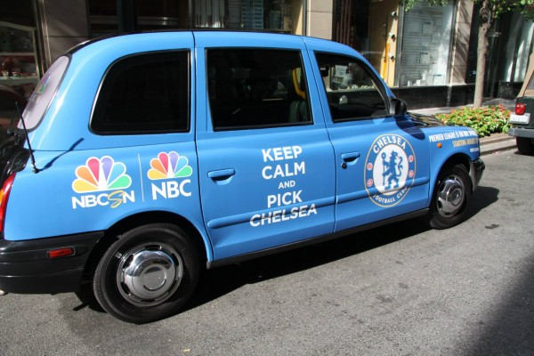 chelsea taxi cab 600x400 New Photos of London Taxi Cabs in Premier League Team Colors In New York City [PHOTOS]