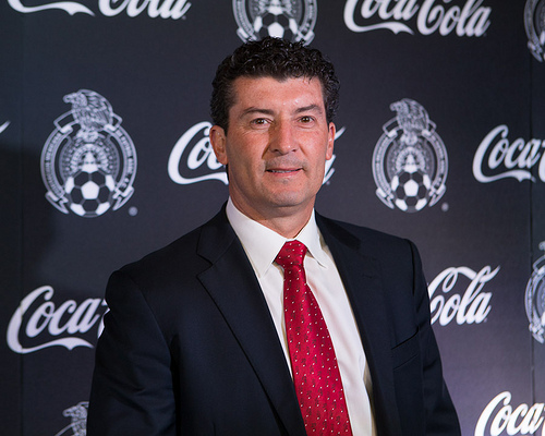 chepo de la torres FMF Forces Chepo to Open Up His Selection Process As Mexico Manager