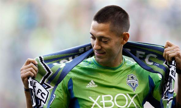 Clint Dempsey Gives Up His Dream and Fighting Spirit to Sign With Seattle