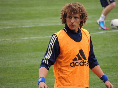 david luiz Chelsea Braced for Official Bid From Barcelona for David Luiz: Daily Soccer Report