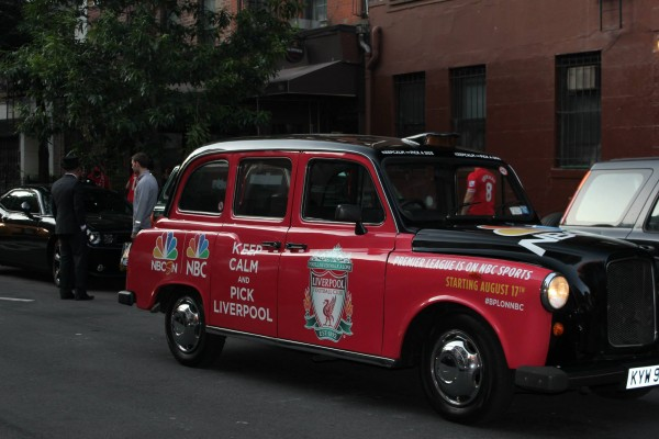 liverpool taxi cabs 600x400 New Photos of London Taxi Cabs in Premier League Team Colors In New York City [PHOTOS]
