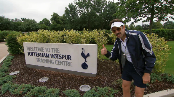 nbc coach lasso spurs SNL Comedian Jason Sudeikis Manages Tottenham For A Day In NBC Promo [VIDEO]