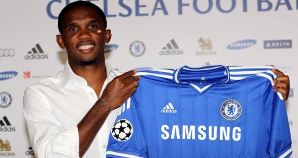 samuel etoo chelsea 600x318 Chelsea Complete Signing of Samuel Etoo On One Year Contract