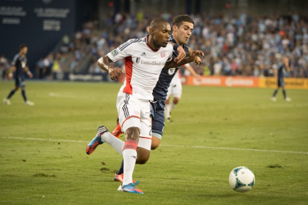 sporting kansas city new england revolution c 600x399 Sporting Kansas City Defeats New England Revolution 3 0 In Physical Match [PHOTOS]