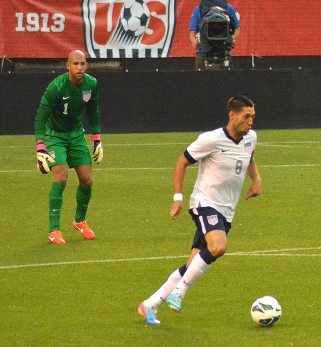 tim howard clint dempsey Tim Howard Calls Clint Dempsey Transfer to MLS Exciting Times