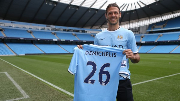 Martin Demichelis  600x337 Manchester City Sign Defender Martin Demichelis On a Two Year Deal