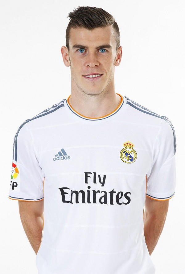 gareth bale2 600x885 Barcelona vs Sevilla and Villarreal vs Real Madrid: Gareth Bale Set to Make His Madrid Debut: Open Thread