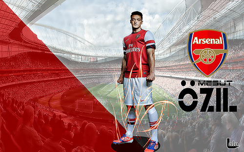 mesut ozil2 First Images of Mesut Ozil Wearing Arsenal Kit: Official [PHOTOS]