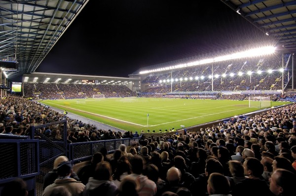 GOODISON UNDER LIGHTS1 600x398 First Person Account of Everton Giving Newcastle The Monday Blues: The Heart Of English Football