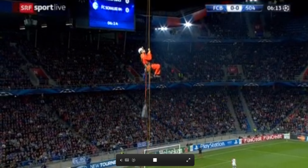 greenpeace protesters two 600x327 Basel Schalke Champions League Match Interrupted By Greenpeace Protesters [PHOTOS]