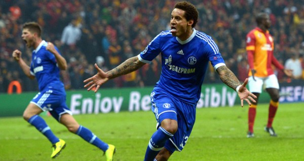 jermaine jones schalke 600x318 American Midfielder Jermaine Jones Will Not Celebrate If He Scores vs. Germany