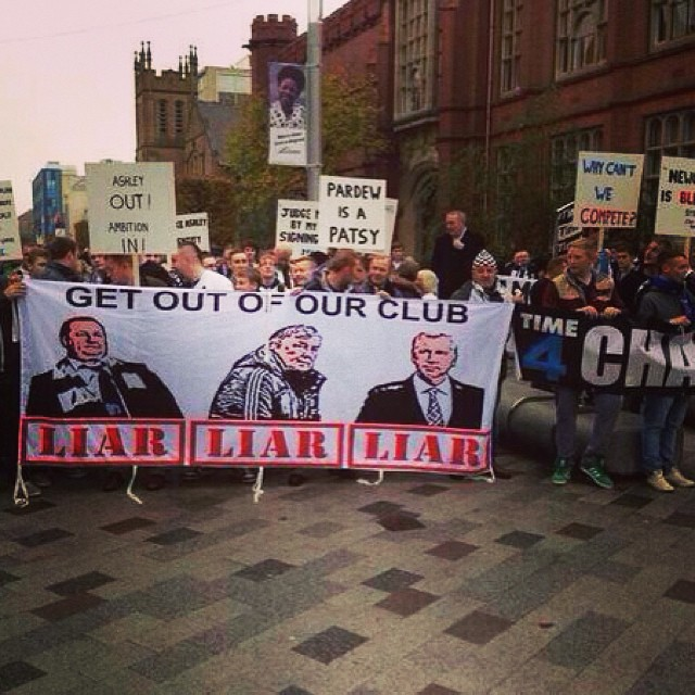 newcastle-united-protest