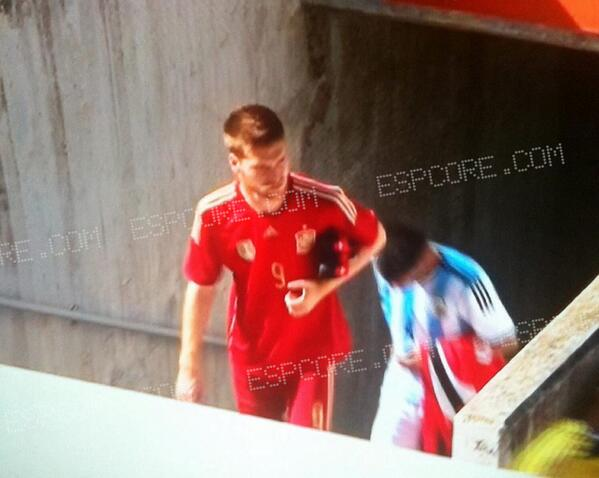 spain national team home shirt Spain Home Shirt For World Cup 2014: Leaked [PHOTOS]
